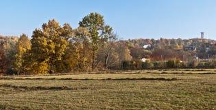 在普劳恩市附近的秋天风景在Vogtland地区在萨克森 免版税库存照片