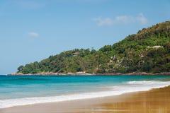 在普吉岛海岛上的Karon海滩 库存图片