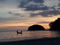 在普吉岛海岛的日落 库存图片