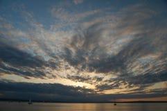在普吉特海湾的壮观的日落 库存照片