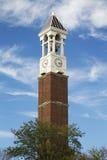 在普度大学校园里的钟楼  免版税库存照片