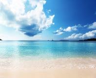 在普拉兰岛海岛的Anse拉齐奥海滩 库存图片