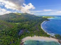 在普拉兰岛海岛,塞舌尔群岛上的盛大Anse 库存照片