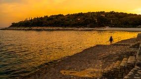 在普拉海湾4的日落 库存照片