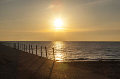 在普拉特海滩在码头,芝加哥的日出 库存照片