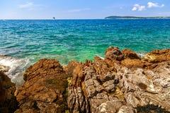 在普拉的狂放的海滩 免版税图库摄影