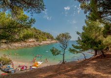 在普拉,克罗地亚的海滩 库存图片