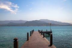 在普腊亚的码头做Portinho海滩- Ilhabela,圣保罗,巴西 图库摄影