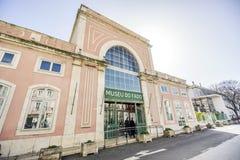在晴天期间,忧伤博物馆大厦,里斯本, Portuga门面  库存图片
