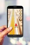 在智能手机屏幕上的航海 库存图片