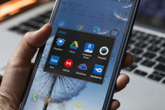 在智能手机应用的云彩存贮 免版税库存照片
