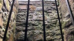 在暴雨POV期间的地下监狱 股票视频