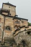 在更加接近的看法的Orava城堡在另一边 免版税图库摄影