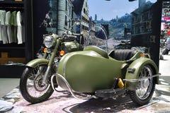 在曼谷国际泰国马达的皇家埃菲尔德摩托车 库存照片