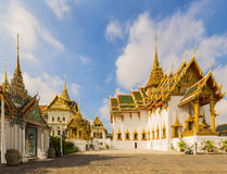 在曼谷玉佛寺的Dusit玛哈Prasat王位霍尔,曼谷, Thailan 免版税库存照片