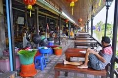 在曼谷,泰国附近的Khlong Suan百年市场 免版税库存图片