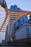 在曼谷skytrain的崇公Nonsi skywalk 免版税库存图片