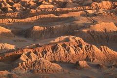 在月亮谷或El瓦尔de la月/月球,阿塔卡马沙漠,圣佩德罗火山阿塔卡马,北智利的令人敬畏的岩层 图库摄影