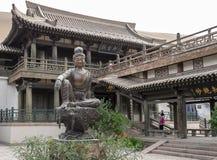 在月牙泉的寺庙在敦煌,中国 库存图片