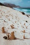 在月球风景的异常的砂岩形成在圣维森特岛佛得角海岸线  免版税库存照片
