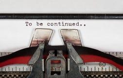 在有丝带的电传打字机将继续的宏观细节 免版税库存照片