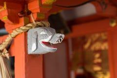 在有烙印的人的大象顶头雕象 库存照片