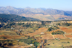 在朗达周围的平原领域的全景 库存照片