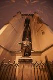 在期间的纪念碑降雪在利沃夫州 免版税库存照片