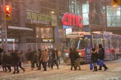 在期间的街市多伦多降雪 免版税库存照片