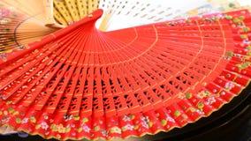 在木回旋装饰用花和做的传统手爱好者 影视素材
