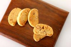 在木块设置的曲奇饼 免版税库存图片