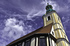 在木材框架的教会编译 免版税库存图片