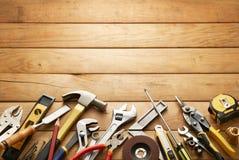 在木板条的工具 免版税图库摄影