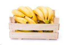 在木板箱的香蕉 库存照片