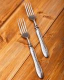 在木桌上的叉子 库存图片
