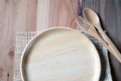 在木桌上的木板材 库存图片
