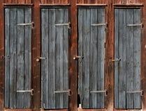 在木棚子的门 免版税库存图片