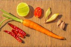 在木牌照的蔬菜 免版税库存照片