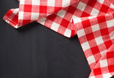在木的布料餐巾 免版税库存图片