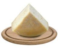 在木盘子的乳酪 库存照片