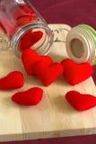 在木礼物的红色心脏为情人节 免版税库存照片