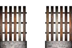 在木简单的篱芭的门 图库摄影