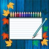 在木纹理的色的铅笔 免版税库存照片