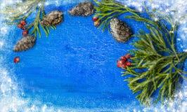 在木背景的传统圣诞节装饰与拷贝空间 与空间的水彩例证文本的 图库摄影