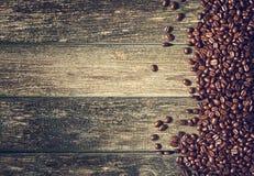 在木背景的咖啡 免版税库存图片