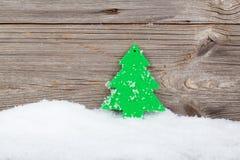 在木背景的圣诞节装饰 库存照片