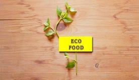 在木背景的有机食品概念 免版税图库摄影