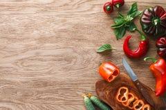 在木背景的菜混合 库存图片