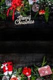 在木背景舱内甲板位置的圣诞节 免版税库存照片