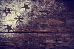 在木背景,特写镜头的圣诞节甜点 图库摄影